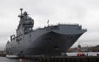 Cận cảnh vẻ hoành tráng của tàu sân bay trực thăng Pháp đóng cho Nga
