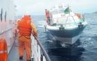 Gia đình đề nghị xem xét tình huống thuyền viên mắc kẹt dưới tàu