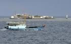 Trung Quốc biện bạch trắng trợn về việc cải tạo đất trên Biển Đông 7
