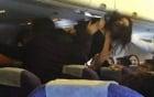 4 phụ nữ Trung Quốc bị bắt vì túm tóc nhau suốt chuyến bay 2
