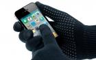 Tại sao không thể dùng găng tay thường với smartphone?