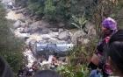 Xe tải lao xuống vực tại Sa Pa