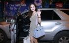Jennifer Phạm tự tin lái siêu xe ở Sài Gòn