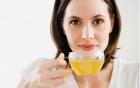 Thói quen hại sức khỏe sau bữa ăn