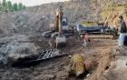 Hòn đá quý giá chục tỷ đồng: người đào thấy có được gì?