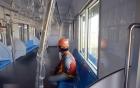 Phía trong tàu điện ngầm hiện đại đầu tiên của Việt Nam