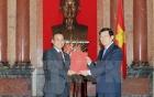 Chủ tịch nước trao quyết định phong hàm cho các Đại sứ