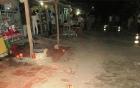 Nhặt ớt trước thềm nhà bị xe kéo lúa tông chết