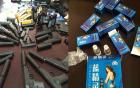 Bản tin 113 – sáng 18/3: Bắt 2 thanh niên buôn bán súng, thuốc kích dục…