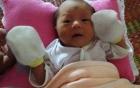 Bé sơ sinh bị bỏ rơi giữa đêm: Xuất hiện người phụ nữ lạ đến nhận con 2