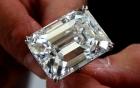 Đại gia bí ẩn mua viên kim cương 460 tỉ trong vòng 3 phút