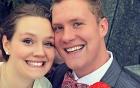 Cặp vợ chồng trẻ lạnh người phát hiện khuôn mặt kỳ lạ trong ảnh cưới