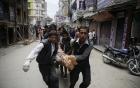 Người sống sót kể lại giây phút kinh hoàng của trận động đất ở Nepal 2