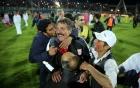 Chuyện lạ: CLB bóng đá Iran ăn mừng chức vô địch hụt