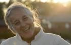 Con trai làm clip tung lên mạng tìm người yêu cho mẹ 69 tuổi