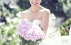 Bí quyết trang điểm cô dâu tự nhiên rặng ngời bên chú rể