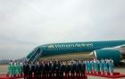 Máy bay 7 nghìn tỉ của Vietnam Airlines về sân bay Nội Bài