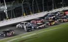 Video vụ tai nạn dây chuyền kinh hoàng tại giải NASCAR