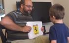 Video: Bé 3 tuổi đọc vanh vách tên xe qua logo