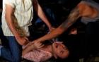 Hà Nội: Mang thi thể nạn nhân đặt giữa nhà nghi phạm 2