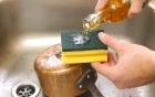 Mẹo vặt nhà bếp: Đánh bay mọi vết bẩn cứng đầu ở xoong, nồi