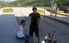 Trộm xe máy như phim hành động bị chủ tóm gọn