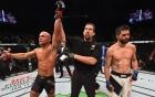 Video: Thắng kịch tính, võ sĩ Robbie Lawler vô địch UFC 195
