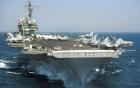 Cận cảnh tàu sân bay Kitty Hawk của Hải quân Mỹ  vượt bão