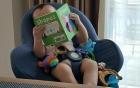 Thu Minh khoe ảnh con trai đọc sách cực đáng yêu