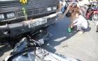 """Xe tải mất phanh """"ủi"""" hàng loạt xe máy ở TP.HCM, 10 người bị thương"""