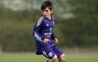Cậu bé 9 tuổi sở hữu kỹ năng đi bóng như Messi