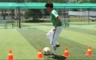 Công Vinh dạy trẻ em học cách vượt chướng ngoại vật trong bóng đá