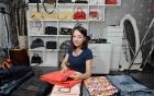 Hot girl 9X kiếm hơn 30 triệu/tháng nhờ gấp quần áo thuê
