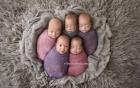 Bà mẹ sinh 5 khoe ảnh những đứa con xinh như thiên thần