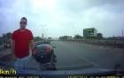 Không được vượt, khách tây chặn xe ô tô đập vỡ kính