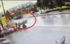 Video: Lái xe ôtô say rượu đâm người đi đường tử vong ở Sapa