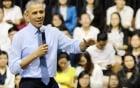 Obama thẳng thắn chia sẻ chuyện từng hút cần sa với thanh niên Việt