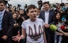 Nữ phi công Ukraine được trả tự do, Nga nhận lại 2 tù binh