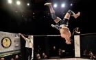 Cú đá knock-out đậm chất Capoeira của võ sĩ MMA