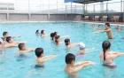 Dạy học bơi: 5 bài tập cơ bản dành cho người mới tập bơi
