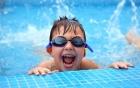 Dạy học bơi: 4 bài tập cơ bản cho người bắt đầu học bơi