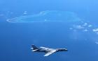 Máy bay ném bom B-1 Mỹ bay trên bán đảo Triều Tiên