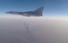 Video: Máy bay Nga san phẳng 6 kho vũ khí lớn của IS