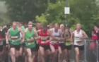 Hơn 1.000 người chạy đua với tàu hỏa