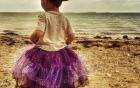 Chia sẻ của người mẹ Mỹ cho con trai 3 tuổi mặc váy gây
