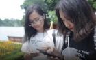 Chủ tịch Hà Nội mua tò he tặng du khách đi bộ quanh Hồ Gươm 2