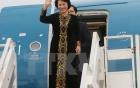 Chủ tịch Quốc hội xắn quần, lội nước thăm người dân vùng lũ 4