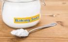 Có nên làm trắng răng bằng baking soda hay không?