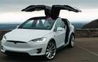 Hãng xe Tesla bị kiện vì xe điện tự động tăng tốc, đâm nát gara nhà chủ nhân