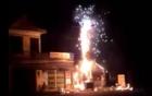 Cột điện cháy lớn, nổ như pháo hoa ở Hưng Yên